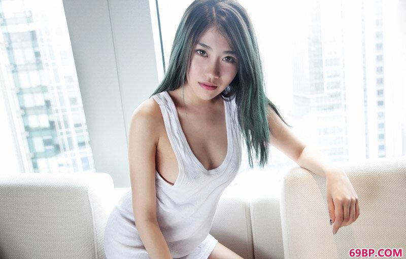 绝品靓女许诺白色透视装透美丽_韩国爆乳美女人体艺术写真