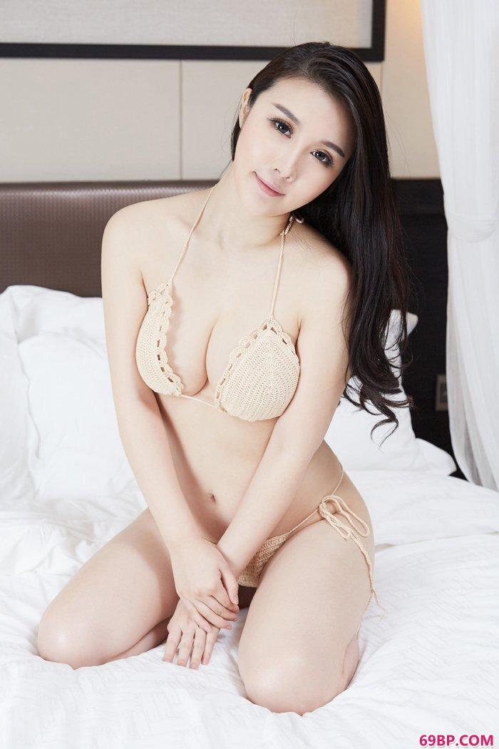 美妇陆萱萱全裸上阵大秀美丽豪乳_大胆西西人体版5