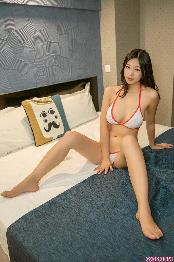 人妻宋KiKi寂寞难耐搔首弄姿无人陪_gogo全球人体艺术摄影