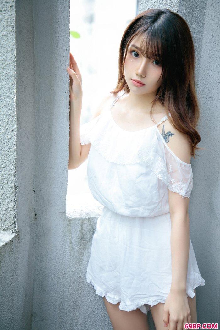 泡芙嫩模肤如凝脂完美初恋女孩模样,gogo人体国模亚洲韩国