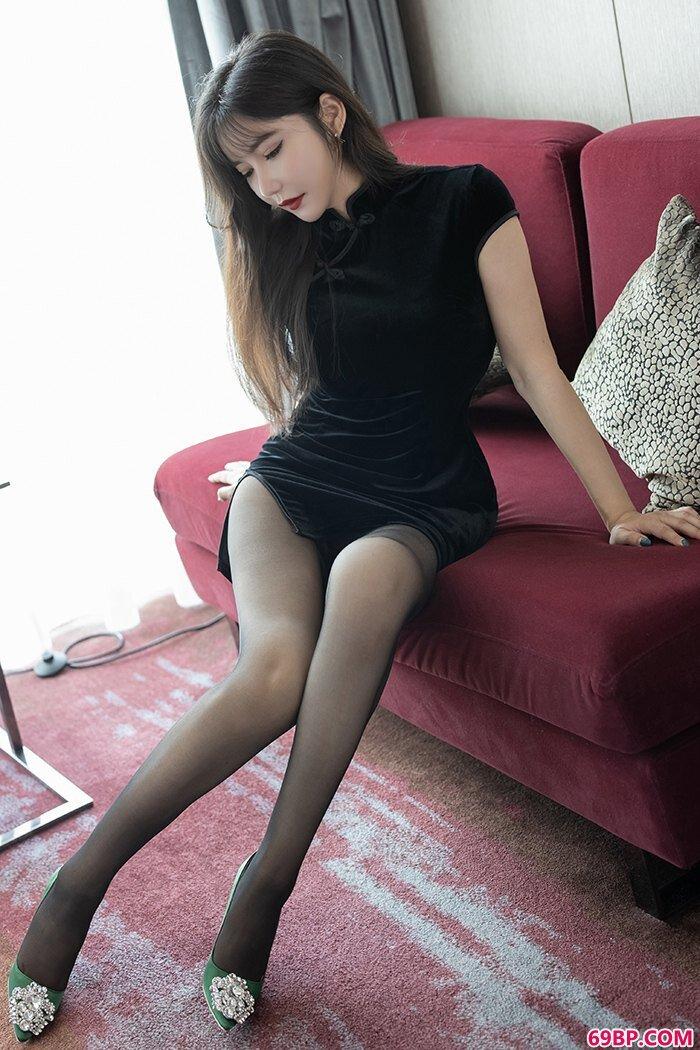 我家娇妻心妍小公主丝滑美胸体态销魂_gogo国模人体模特大尺度