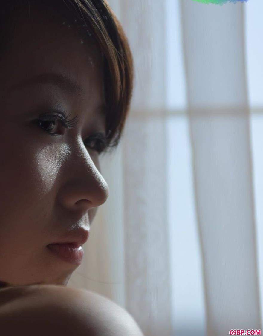 超模诗佳孤单与寂寞2