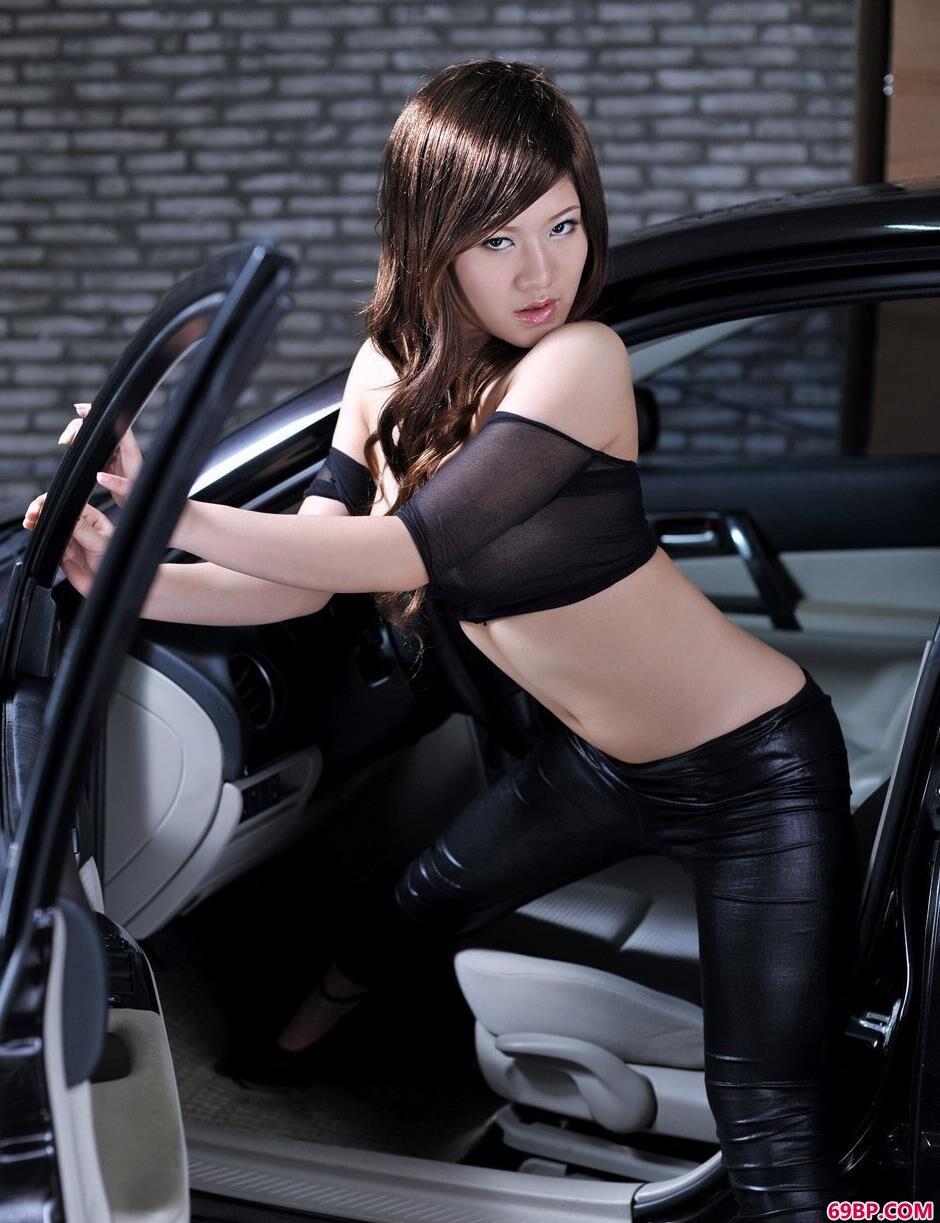 裸模冰淇淋演绎汽车与美体3,美女人体艺术交流