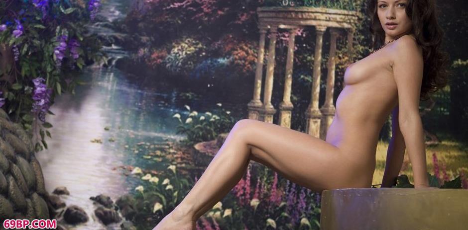名模菲奥纳Fiona写真棚内的勾魂美体2,高校女生人体艺术