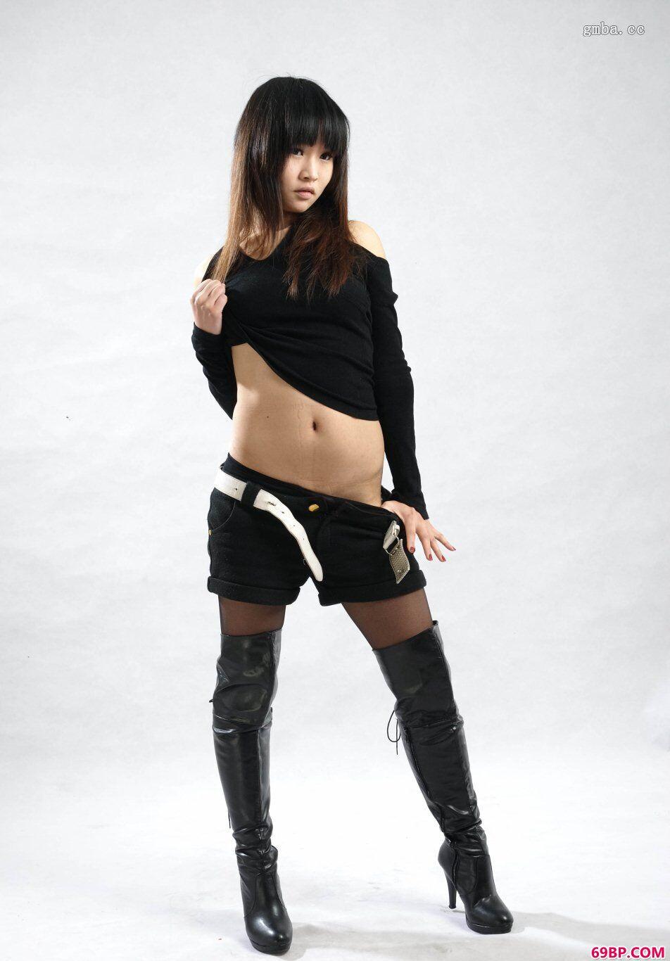 rtyss_体操运动员璇子高难度动作人体_0